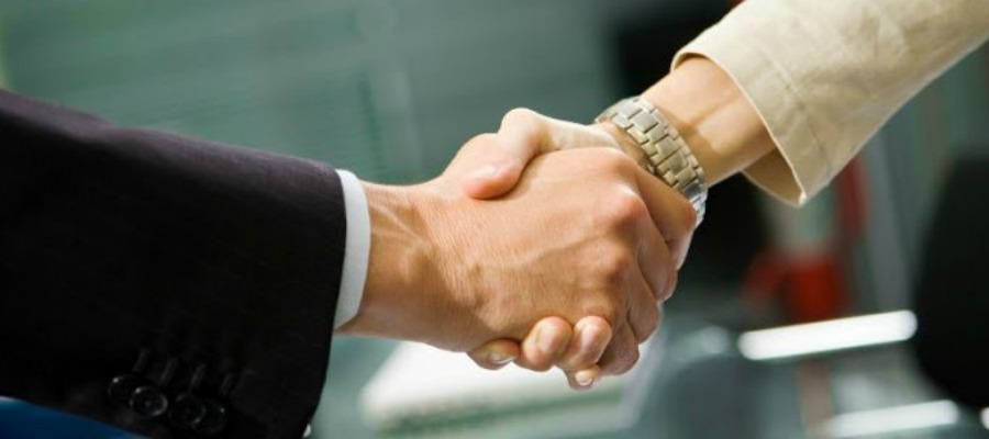 Why A HR and Finance Collaboration Policy As A Partnership Works Best