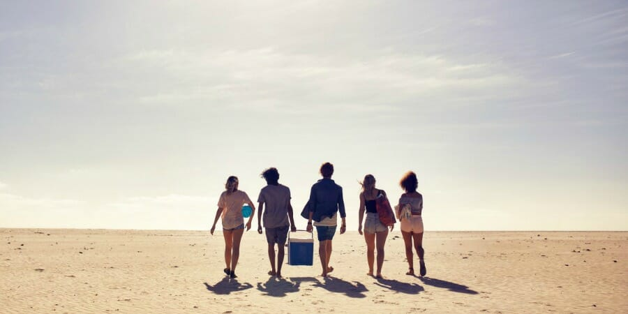 5 Ways To Counter The Summer Slump And Keep Employee Motivation Up